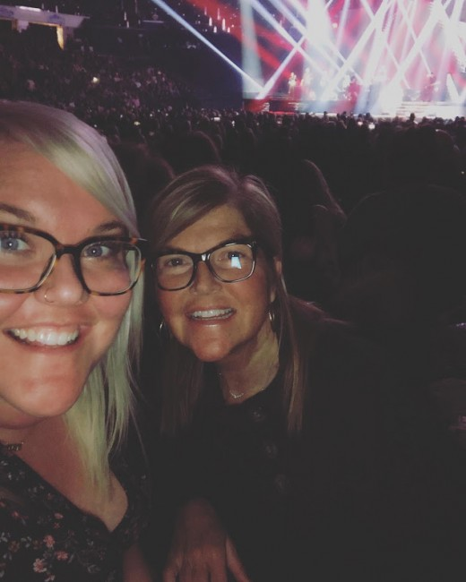 Alex gets her LOVE of music from her mom, Cindi. We decided to go to Celine Dion's concert two days before she came to town - and we're so glad we went! It was AMAZING!